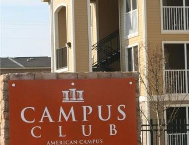 04-22 campus club