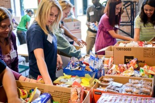 10-03 Georgia Southern University Collects More Than 5,200 Snacks for Soldiers