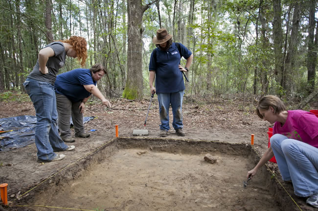 5-1 X-rays reveal Civil War artifacts at Camp Lawton