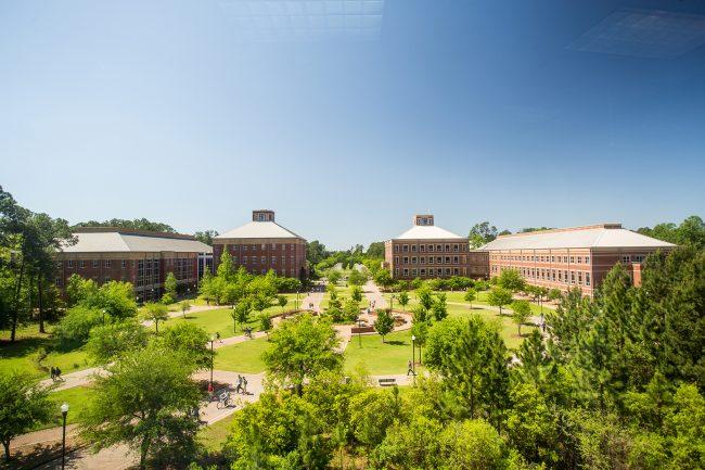 campus-004